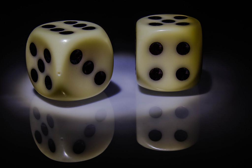 dice pair